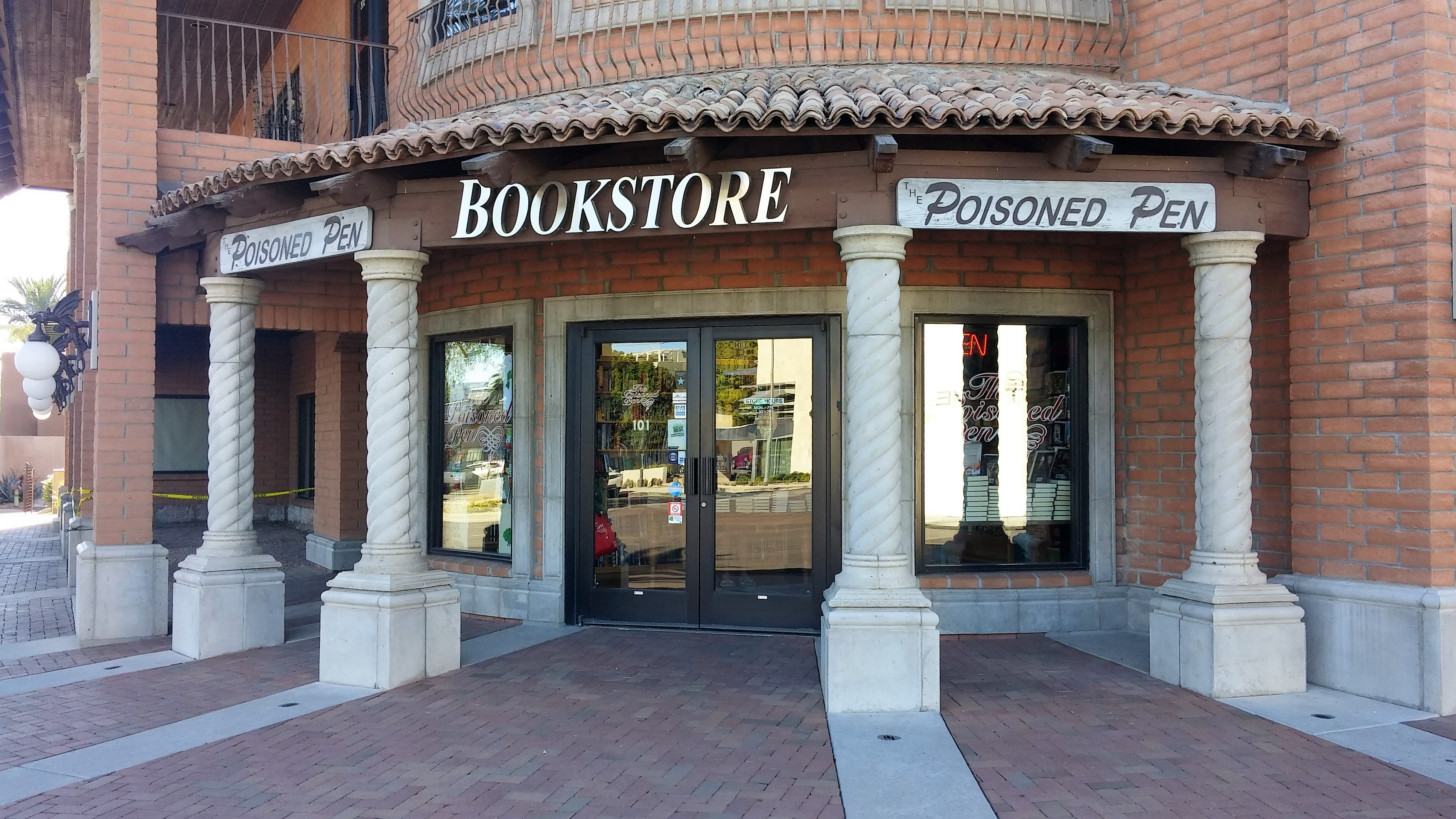 Then it was off to scottsdale az for a conversation and signing at the famous